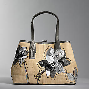 coach_hamptons_archive_straw_carryall